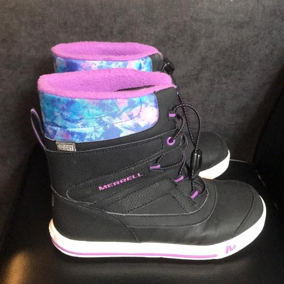 9af8b327fb Merrell Snow Bank 2.0 Boot Black Berry Print Girls